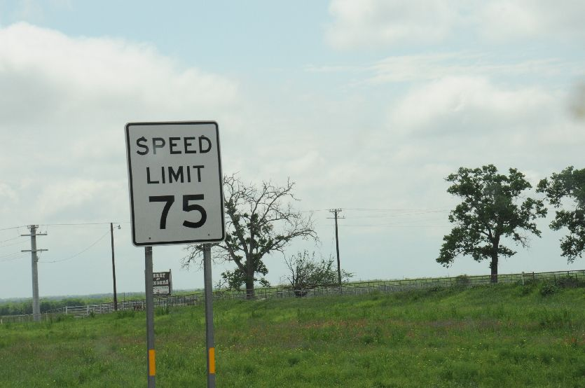 9220-75 MPH Speed Limit between San Antonio and Corpus Christi